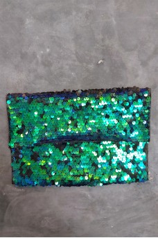 Beads Clutch