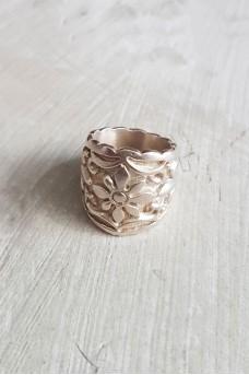 Bali Flower Ring No Polish